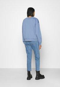 Weekday - HUGE CROPPED - Mikina - light blue - 2