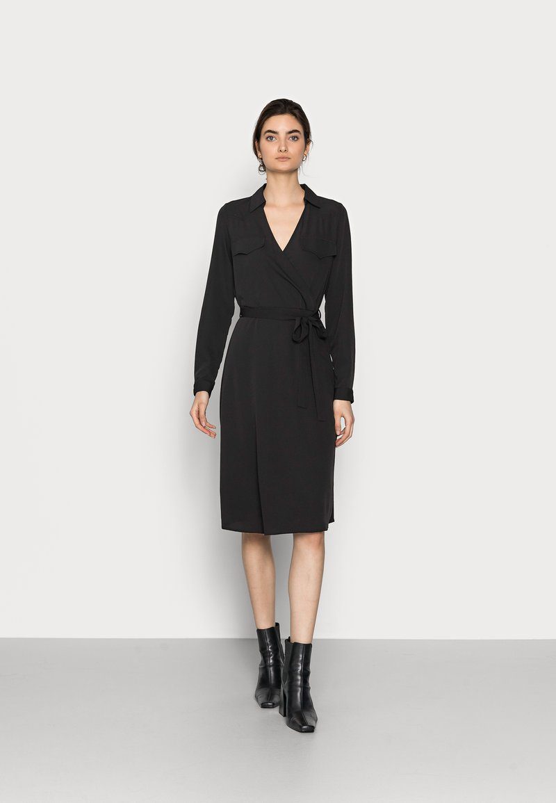 Vero Moda Tall - VMLOLENA DRESS - Hverdagskjoler - black