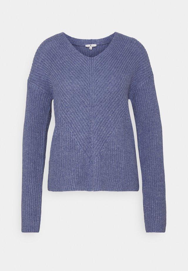CHUNKY V NECK - Sweter - blueberry blue melange