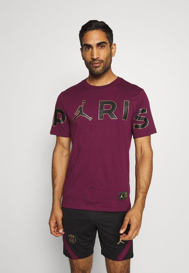 PARIS ST GERMAIN WORDMARK TEE - T-shirt imprimé - bordeaux