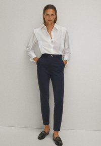 Massimo Dutti - Pantalon classique - blue-black denim - 4