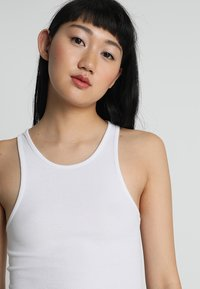 Weekday - STELLA - Top - white - 4