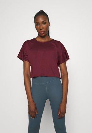 TEE - Jednoduché triko - red