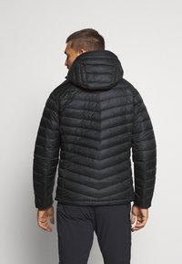 Peak Performance - FROST HOOD JACKET - Down jacket - black - 2