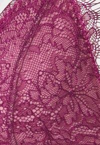 Dora Larsen - MEGHAN PADDED TRIANGLE - Triangle bra - medium purple - 5