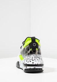 Steve Madden - CLIFF - Sneakers - neon green - 5