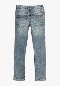 Name it - NKMPETE PANT - Skinny džíny - light blue denim - 1