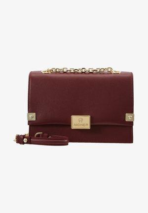 COSIMA - Across body bag - burgundy