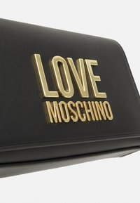 Love Moschino - Taška spříčným popruhem - nero - 5