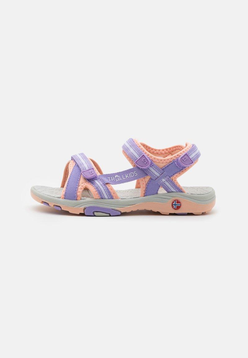 TrollKids - GIRLS PREIKESTOLEN - Walking sandals - lavender/apricot