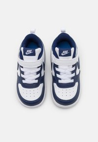 Nike Sportswear - COURT BOROUGH 2 UNISEX - Sneakers laag - white/blue void/signal blue - 3
