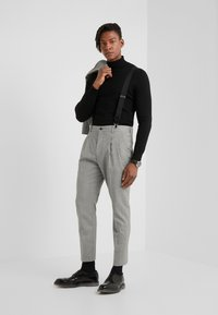 HUGO - FARLYS - Suit trousers - open grey - 1