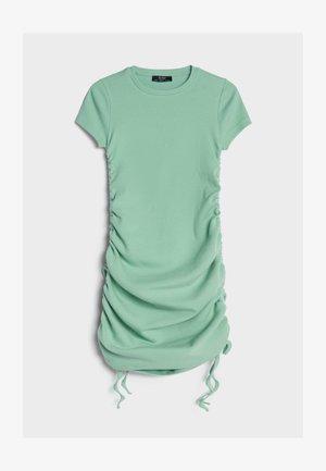 MIT RAFFUNGEN - Day dress - green