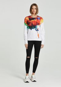 Mr. GUGU & Miss GO - Sweatshirt - white - 1
