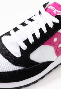 Saucony - JAZZ VINTAGE - Trainers - white/black/berry - 2
