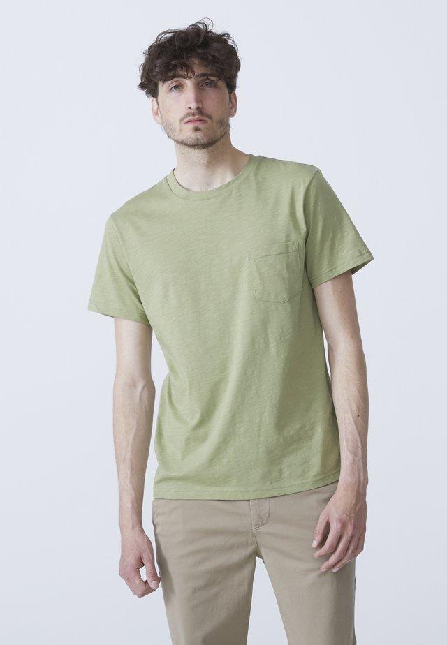 T-shirts basic - light green