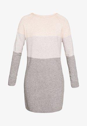 ONLLILLO DRESS PETIT - Jumper dress - mahogany rose