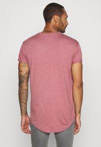 Topman - 2 PACK SCOTTY  - Basic T-shirt - pink/stone - 2