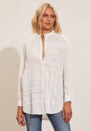 JENNIFER - Button-down blouse - light chalk