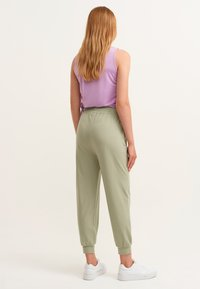 OXXO - Trousers - seagrass - 2