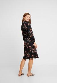 ONLY - ONLNOVA HIGHNECK DRESS - Shirt dress - black/red - 3