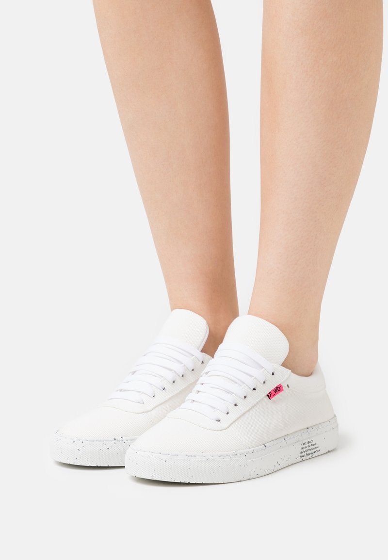 F_WD - Sneakers laag - white