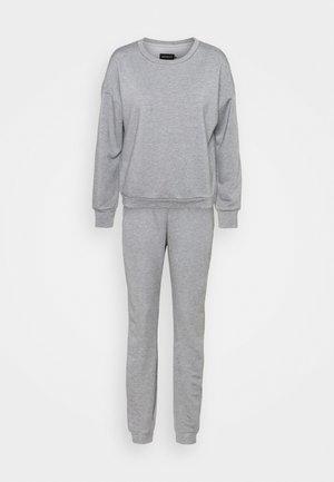 SET - Trainingsanzug - light grey