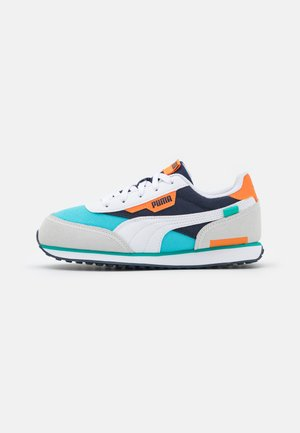 FUTURE RIDER PLAY ON PS - Trainers - white/blue atoll/peacoat