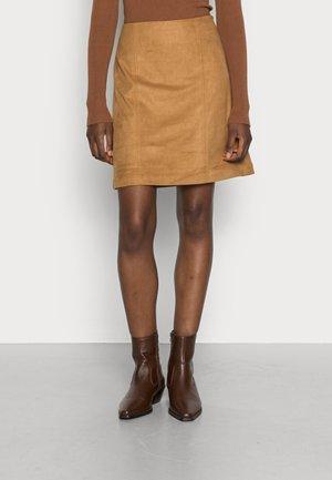 PER F - A-line skirt - camel