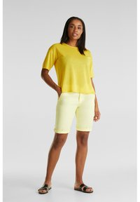 Esprit - Shorts - lime yellow - 1