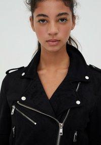 PULL&BEAR - Faux leather jacket - black - 4