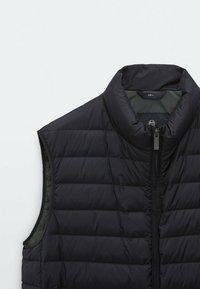 Massimo Dutti - GESTEPPTE DAUNENWESTE - Suit waistcoat - dark blue - 5