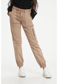 Cream - Slim fit jeans - cognac - 0