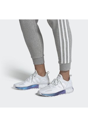 ZX 2K BOOST - Trainers - white, lilac