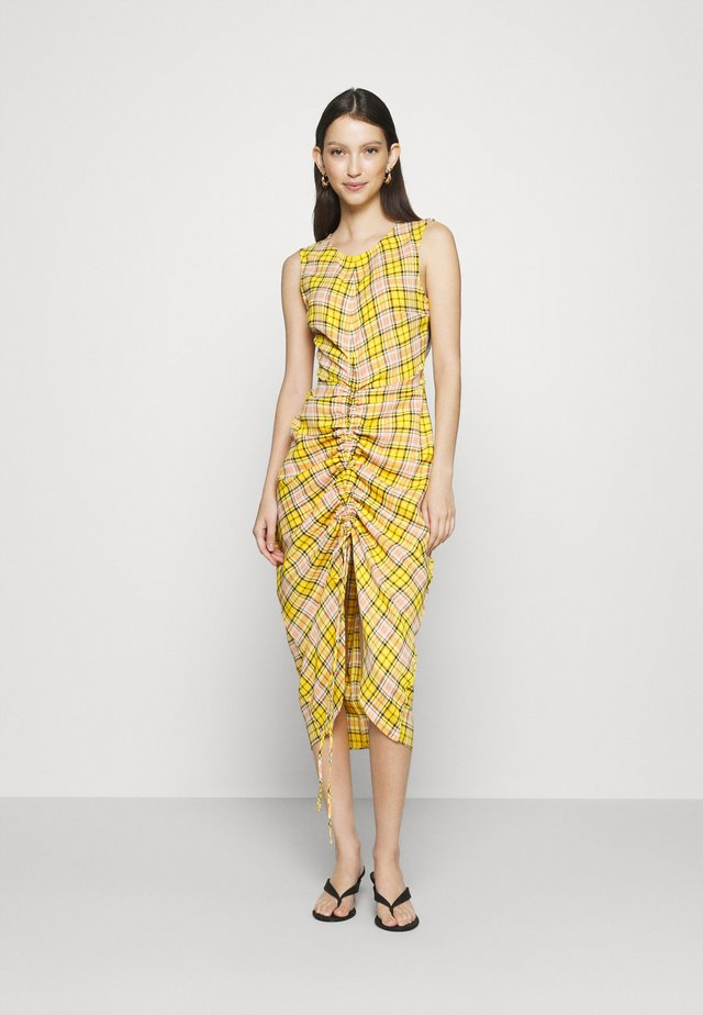 RUCHED FRONT SLEEVELESS MIDI DRESS  - Denní šaty - yellow