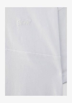 MIT AUFGESTICKTEM STWD-LOGO - T-paita - white