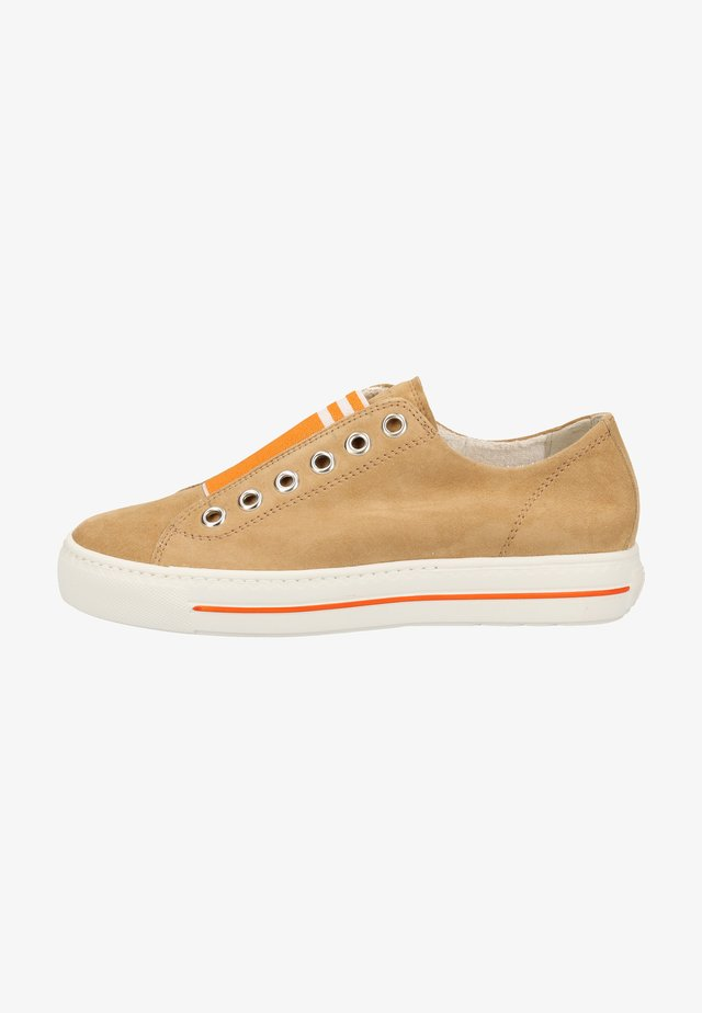 Matalavartiset tennarit - light brown/orange