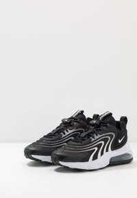 Nike Sportswear - AIR MAX 270 REACT - Zapatillas - black/white/dark smoke grey/wolf grey - 2