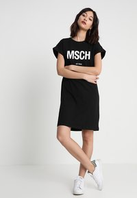 Moss Copenhagen - ALVIDERA DRESS - Jersey dress - black/white - 1