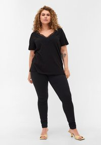 Zizzi - BLONDER - Basic T-shirt - black - 1