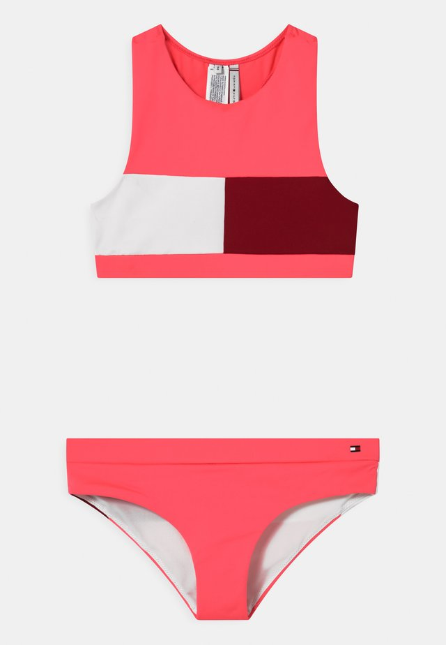 CROP SET - Bikiny - watermelon pink