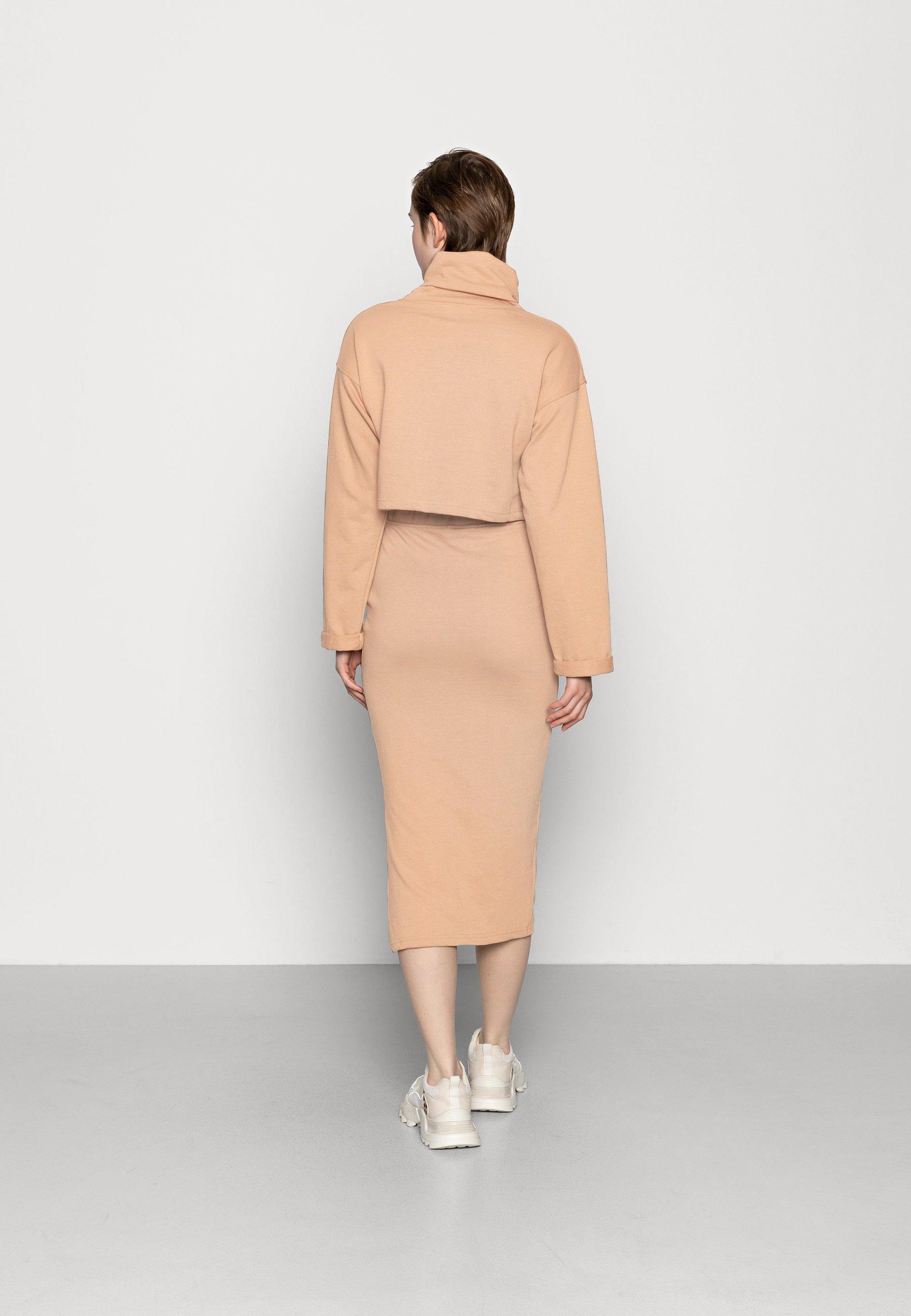 Femme LOOPBACK COWL NECK CROP AND LOOPBACK MIDAXI SKIRT SET - Sweatshirt