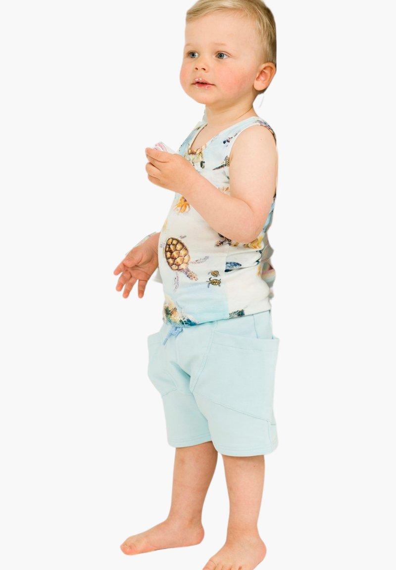 GUGGUU - COLLEGE - Shorts - ligt blue