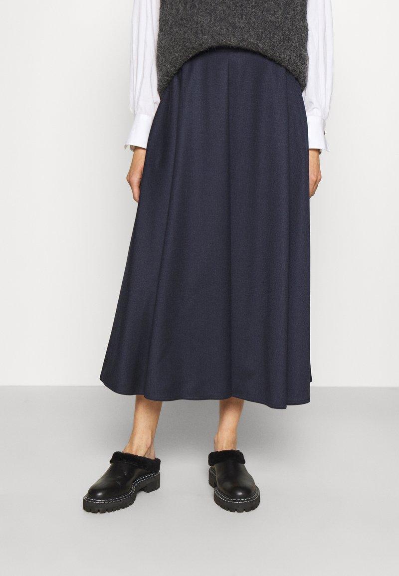 WEEKEND MaxMara - CABLO - Áčková sukně - night blue