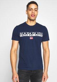 Napapijri - SARAS SOLID - Print T-shirt - medieval blue - 0