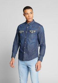 Levi's® - BARSTOW WESTERN STANDARD - Overhemd - indigo stone - 0