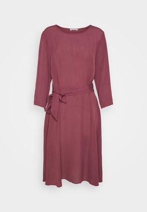 JUNE - Day dress - sassafras