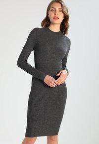 Zalando Essentials - Shift dress - dark grey mélange - 0