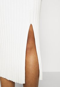 Monki - LOA SKIRT - Falda de tubo - solid - 5