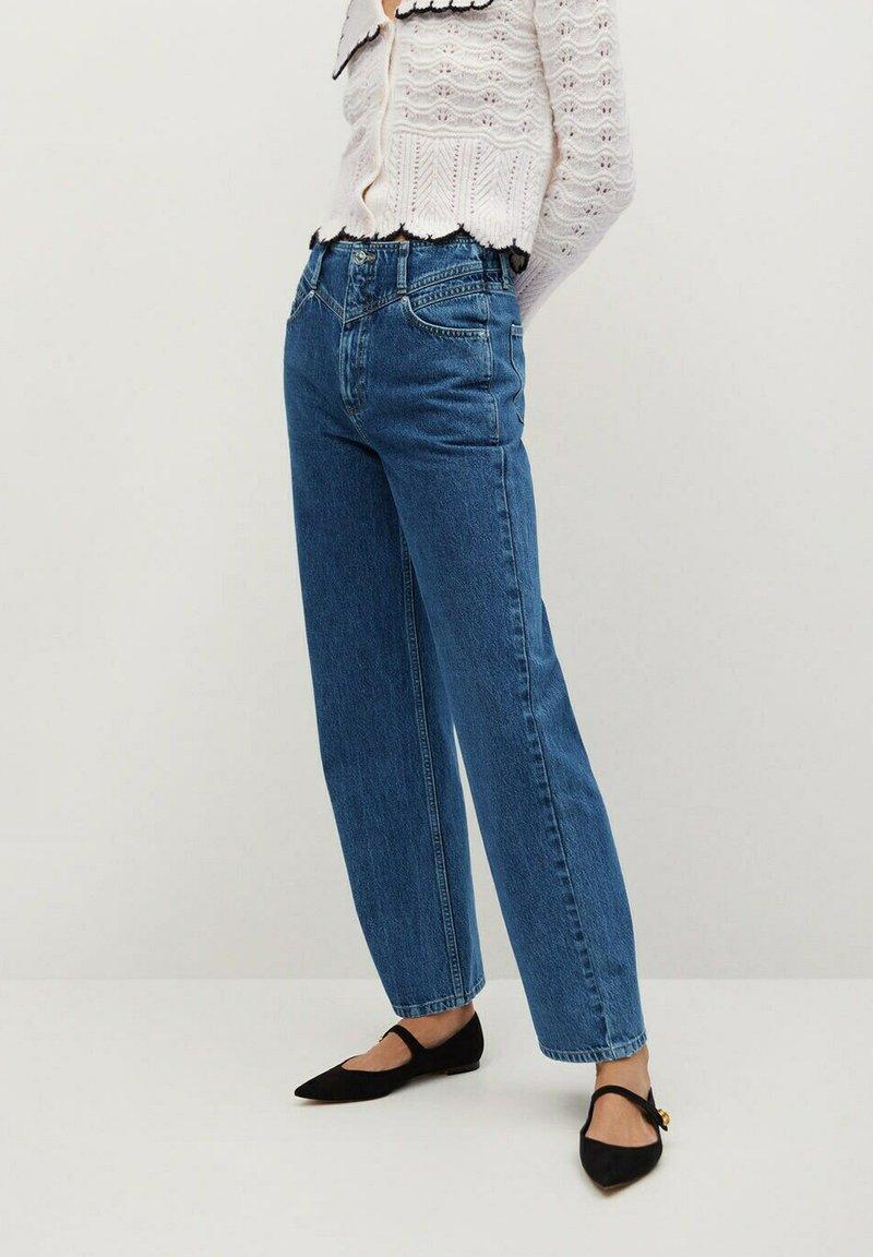 Mango - JULIETTE - Flared Jeans - donkerblauw